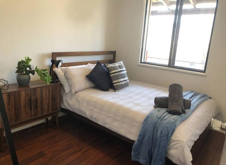 Como 2 bedroom apartment